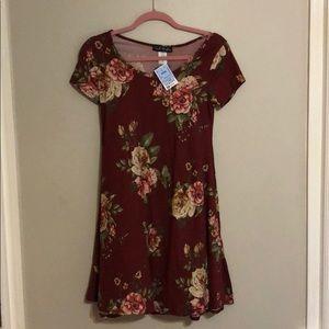 New floral flowy dress